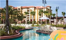 outdoor-pool-at-wyndham-bonnet-creek-resort-lake-buena-vista-florida